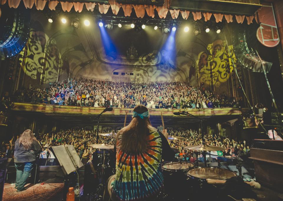 Milwaukee Crowd, Night I